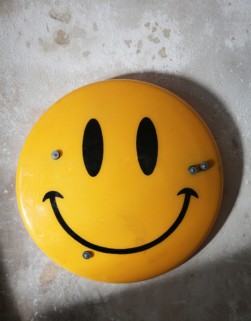Smiley riot shield front